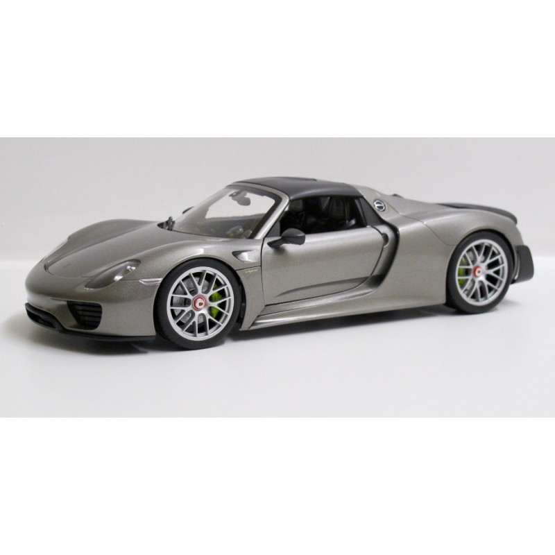 Porsche 918 Spyder Weissach Package Hard Top 2013 1 18