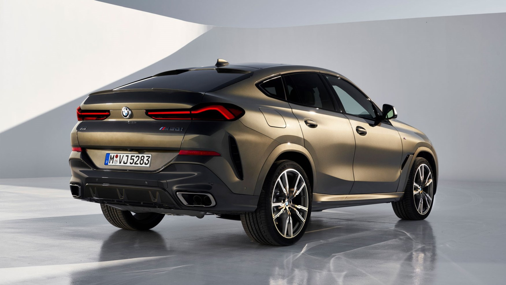 new bmw x6 suv what you need to know car magazine photo