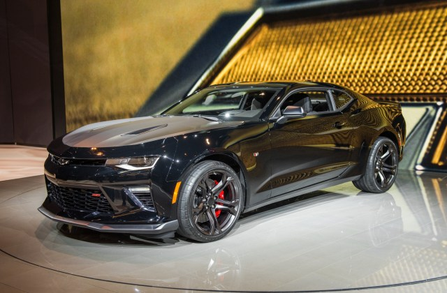 2017 Camaro Ss 1le Pictures Live From Chicago Gm Authority Chevrolet Photos - Medium