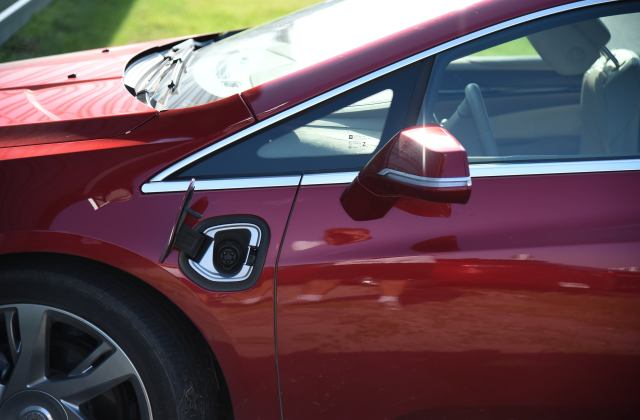 You can have your caddy and charge it too cruising with cadillac elr engine - medium