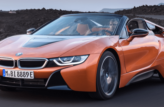 2019 bmw i8 vehicles on display chicago auto show safety features - medium