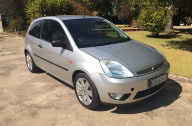Ford Fiesta 1 6 2005 Technical Specifications Interior Photo - Medium