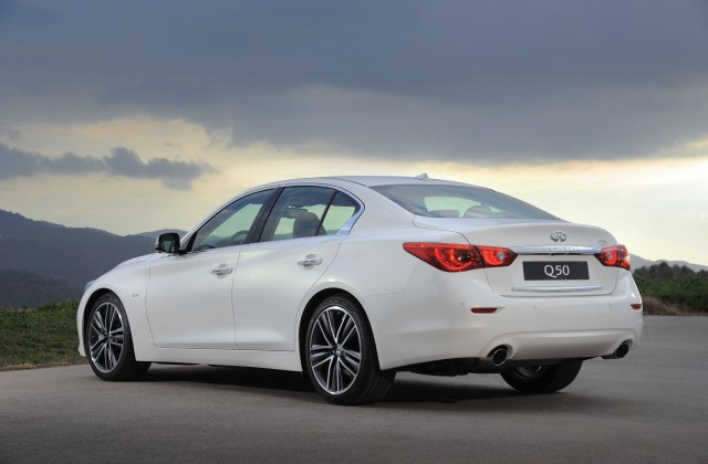 Infiniti Continues Production Of G37 Sedan 2014 - Medium