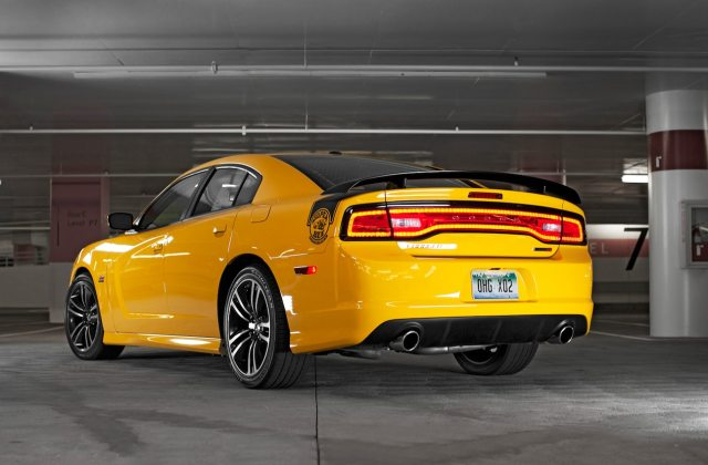 Dodge Charger Review And Rating Motor Trend Srt8 Super Bee - Medium