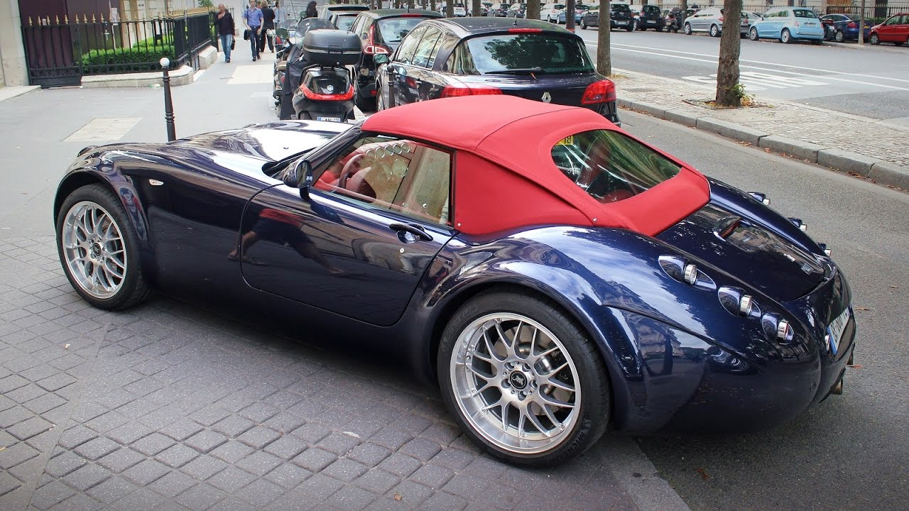 Wiesmann Roadster Mf4 In Paris Gt And S - Medium