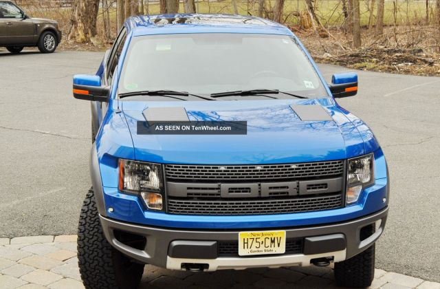 2012 ford f 150 svt raptor extended cab pickup 4 door - medium