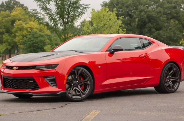 9 Reasons The Chevrolet Camaro 1le Is Our Favorite Muscle Car Photos - Medium