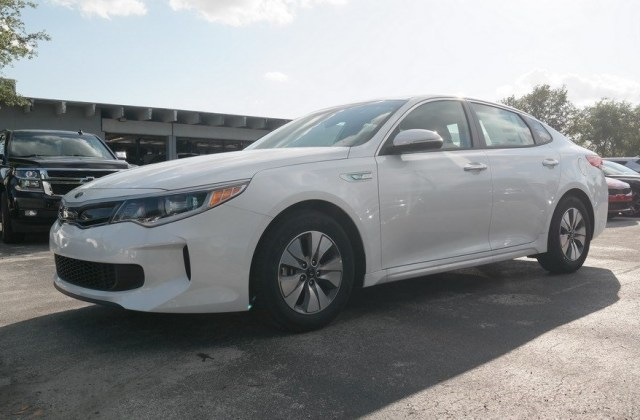 certified pre owned 2018 kia optima hybrid premium fwd 4d sedan - medium