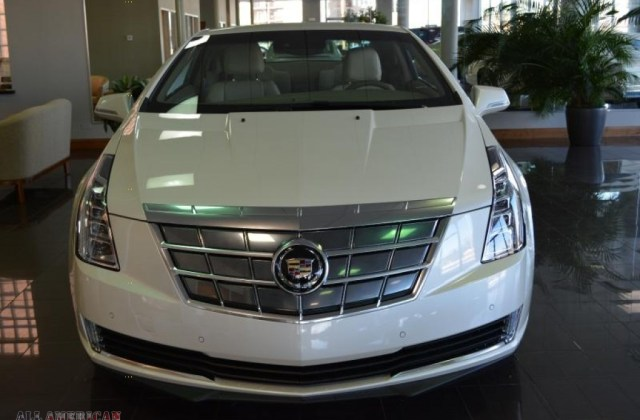 2014 Cadillac Elr Saks Fifth Avenue Special Edition In Buy - Medium