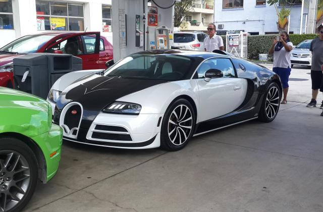 Bugatti Veyron By Mansory Vivere Free Hd Wallpapers And Tuning - Medium