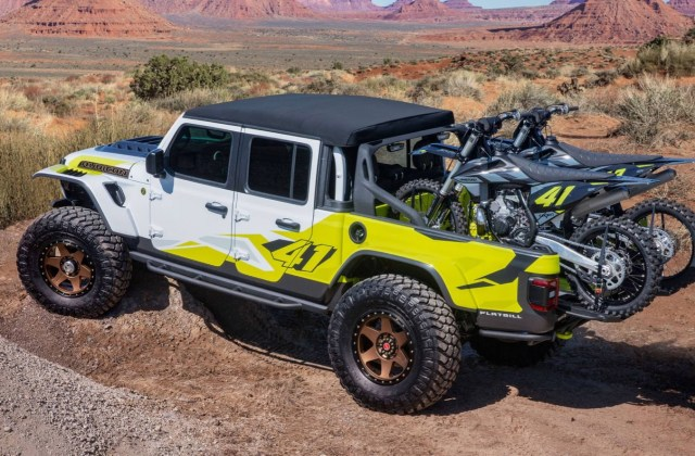 Jeeps latest Moab concepts: Gladiator in multiple flavors