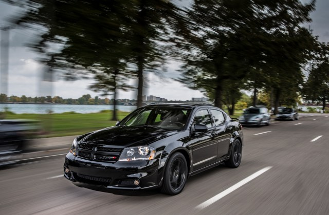 2013 dodge avenger blacktop edition top speed - medium