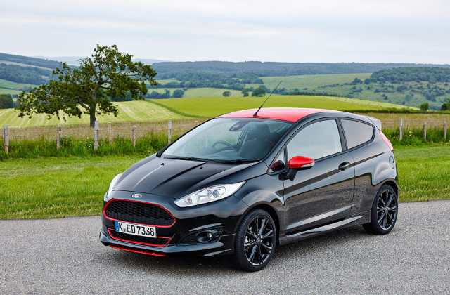 2019 Ford Focus Hatch And Wagon Drive Review Eftm Hatchback Photos - Medium