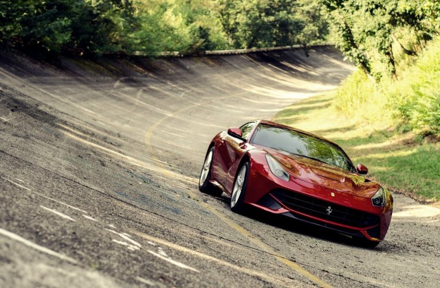 Ferrari F12 Berlinetta Hd Wallpapers High Resolution Download And Pictures - Medium
