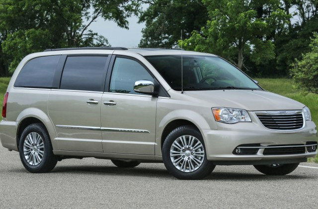 Chrysler Town Country News And Reviews Motor1 Com Photos - Medium