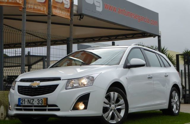 Sold Chevrolet Cruze Sw 1 7 Vcti L Used Cars For Photos And 2013 Price - medium