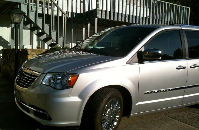 2011 Chrysler Town Country Pictures Cargurus And - Medium
