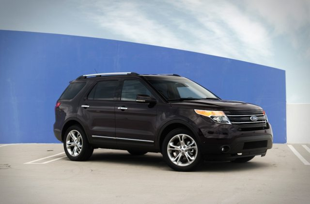2013 ford explorer limited 4wd first test motor trend 2012 photos - medium