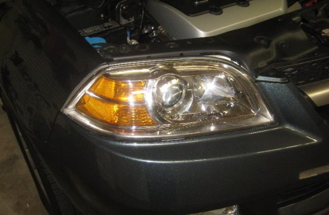 2001 2006 Acura Mdx Headlight Housing Changing Burnt Out Headlights - Medium