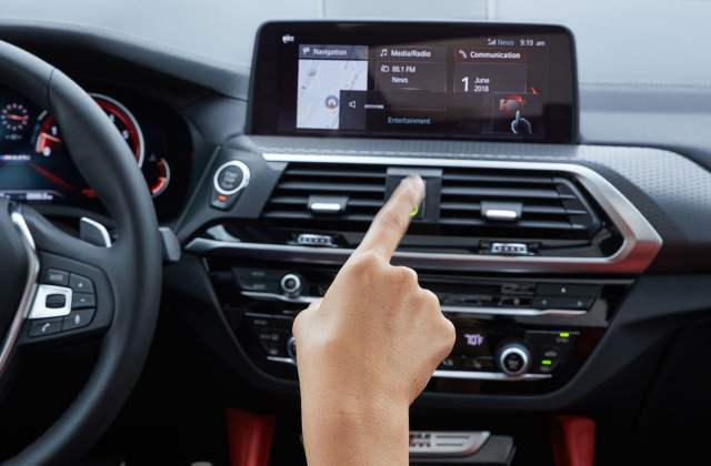 2019 Bmw X4 M40i First Drive Review Digital Trends Interior Pictures - Medium