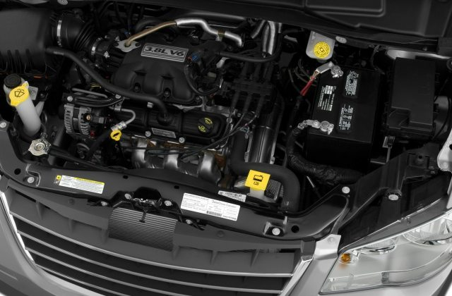2008 Chrysler Town Country Reviews And Rating Motor Trend Pictures 2011 - Medium