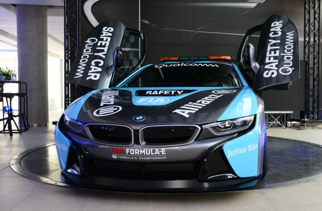 the qualcomm safety car bmw i8 coupe gets a facelift features - medium