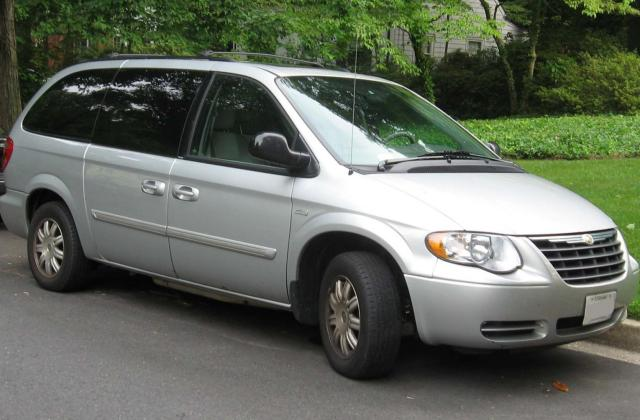2000 chrysler town and country information photos - medium