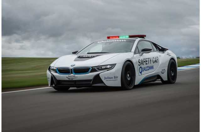 bmw i8 formula e safety car driven by bmwblog features - medium