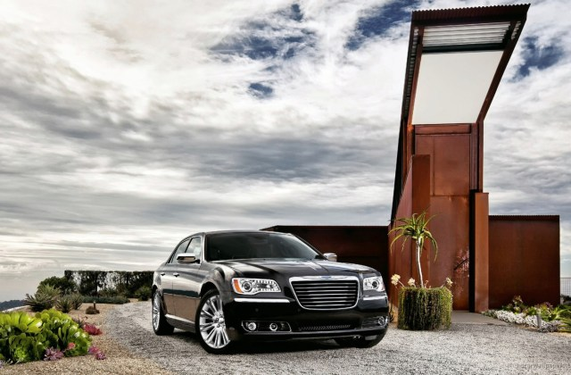2011 Chrysler 300 Wallpaper Hd Car Wallpapers Id 1845 - Medium