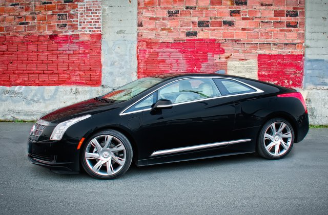 Cadillac Makes Good On The Promise Of Art Science Elr Review Car And Driver - Medium