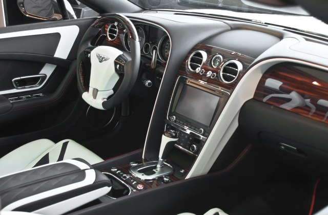 The World S Best Photos Of Le And Mansory Flickr Hive Mind 2012 Bentley Continental Gtc Ii - Medium