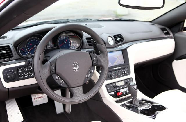 Maserati Grancabrio Sport Review Autocar 2012 - Medium