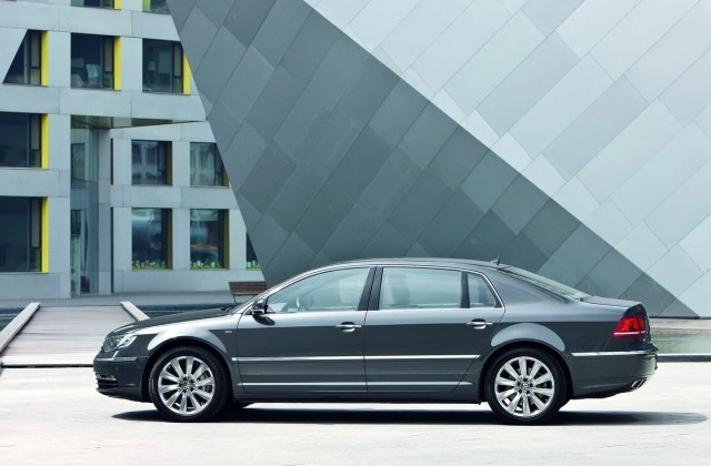 Volkswagen Phaeton 2011 Wallpapers And Images - Medium