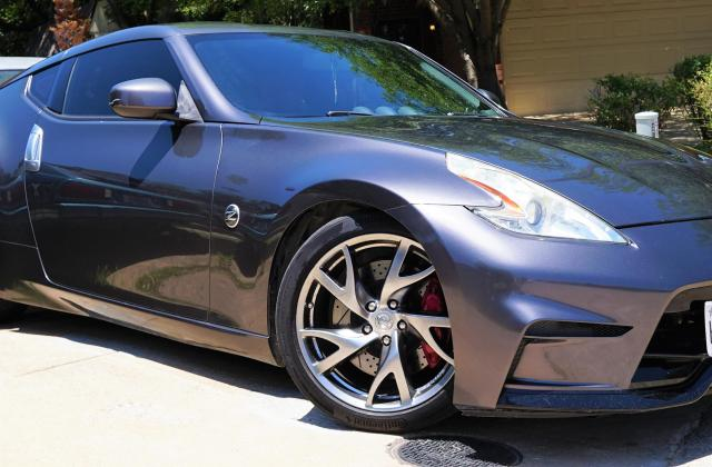 40th anniversary 370z matching set of wheels and a bit 2010 nissan edition - medium