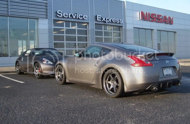 40th anniversary graphite versus platinum 2010 nissan 370z edition - medium