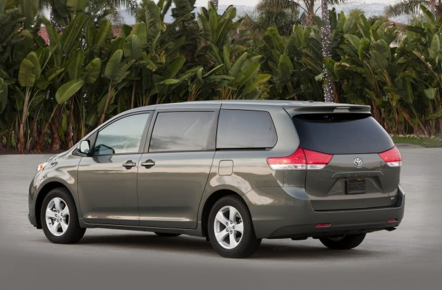2013 Toyota Sienna Reviews And Rating Motor Trend Awd Vehicles - Medium