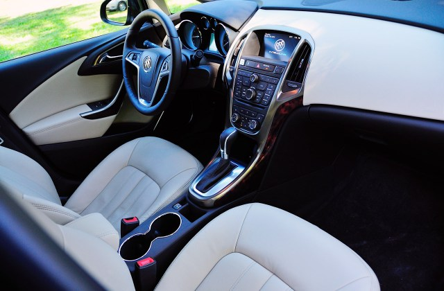 2013 buick verano base vin number search autodetective photo