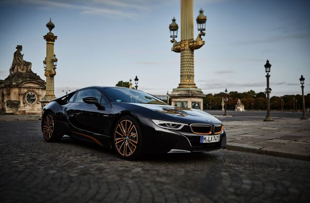 2020 bmw i8 review pricing and specs safety features - medium