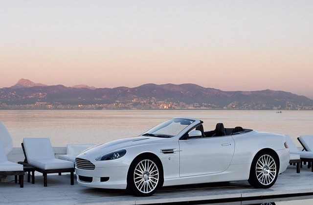 Wallpapers For Iphone 5 Find A Wallpaper Background Or Aston Martin - Medium