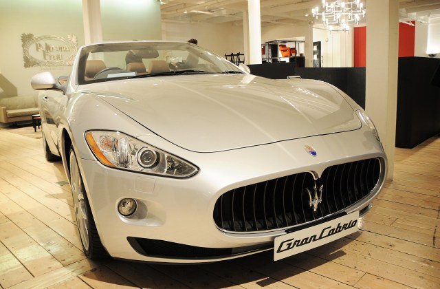 2012 Maserati Grancabrio Sport Poltrona Frau Top Speed - Medium
