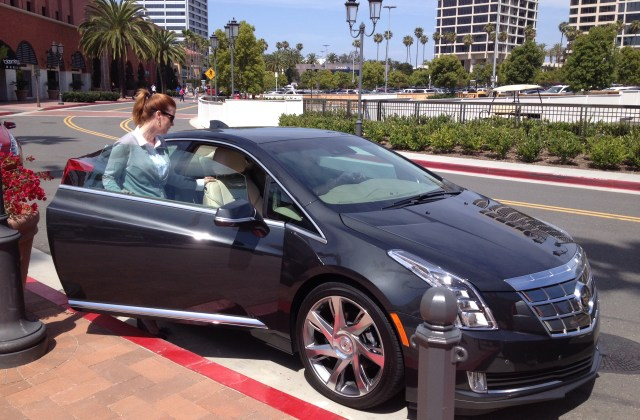 Cadillac Elr Test Drives Tour The West Coast Who Is Guy In New Commercial - Medium