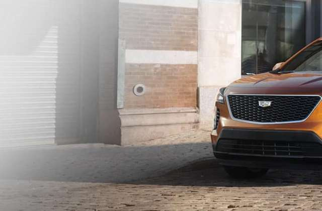 2019 Cadillac Xt4 Model Review With Prices Photos Specs Elr Car And Driver - Medium