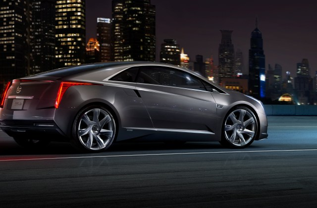 Meet The Cadillac Elr General Motors Luxury Extended Electric Commercial - Medium