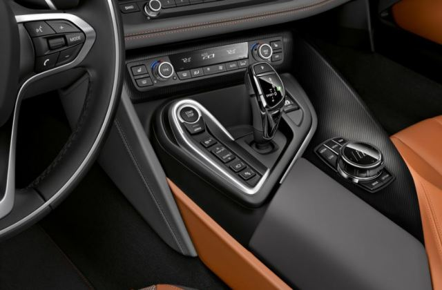 bmw i8 pictures details specs safety features - medium