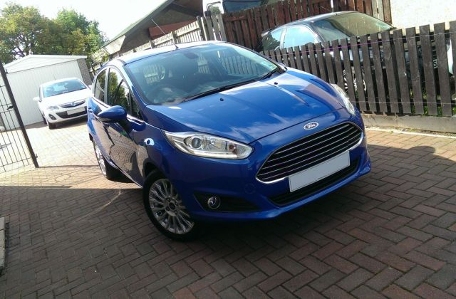 Ford Fiesta Ecoboost Hot Magenta Or Candy Blue Photo - Medium