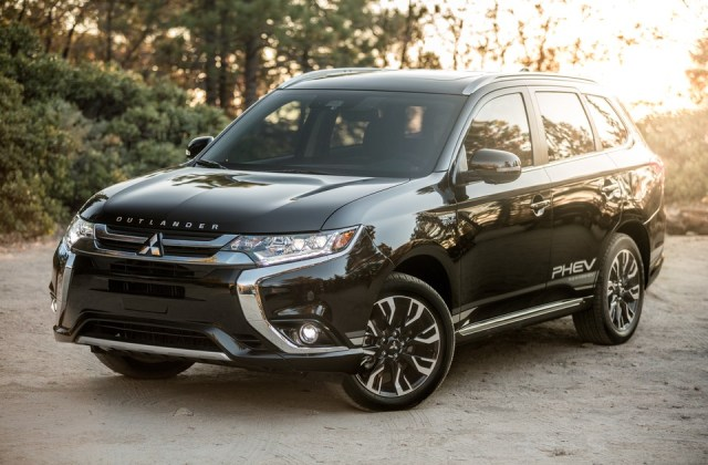 2019 Mitsubishi Outlander Prices Reviews And Pictures 2014 4 Wheel Drive Cars - Medium