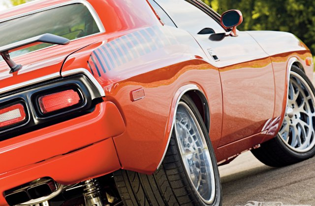 1973 dodge challenger wallpaper and background image iphone 5 - medium