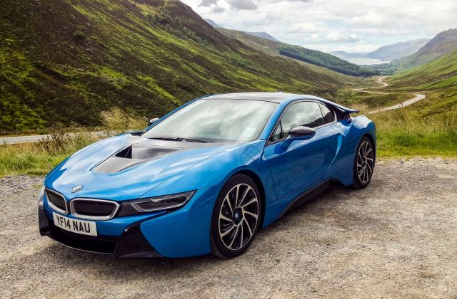 These Beautiful Bmw I8 Wallpapers Are A Futuristic Dose Of Wallpaper For Mobile - Medium