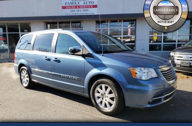 Used 2011 Chrysler Town Country Sold In Attleboro Ma 02703 And Pictures - Medium