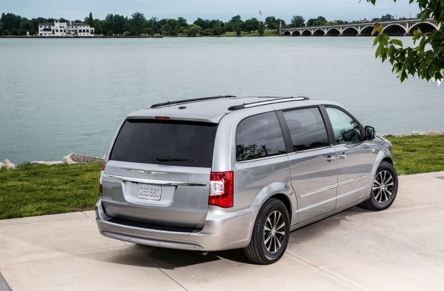 2014 Chrysler Town Country Reviews And Rating Motor Trend Photos - Medium